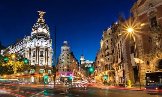 Visita guidata serale di Madrid con spettacolo di flamenco e cena opzionali