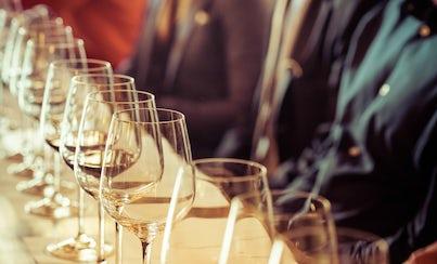 Salir de la ciudad,Gastronomía,Excursiones de un día,Comidas y cenas especiales,Tours enológicos,Museo del vino, catas y degustaciones