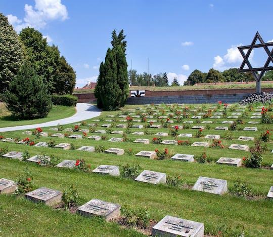 Gita di mezza giornata da Praga al Monumento di Terezín