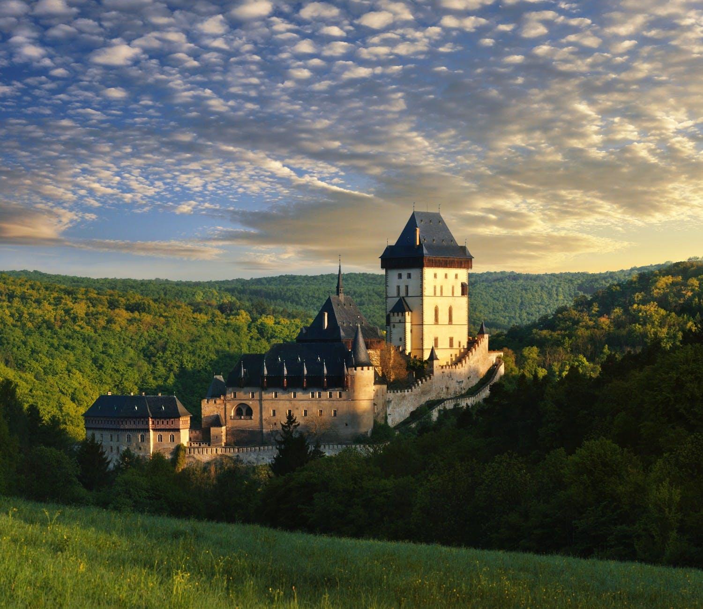 Ver la ciudad,Tours temáticos,Tours históricos y culturales,Visitar el Castillo de Karlstejn