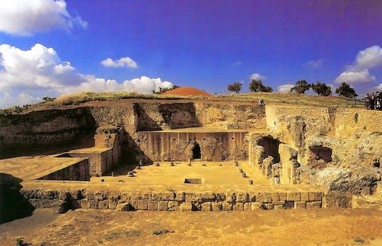 Carmona i Necropolis: jednodniowa wycieczka z przewodnikiem z Sewilli