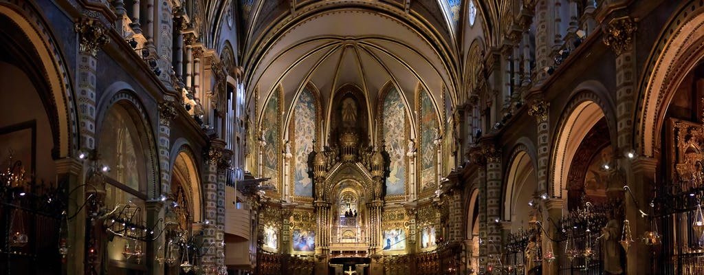 Combo Tour: Montserrat abbey and Barcelona the best of Gaudí