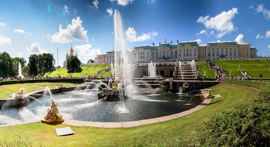 Peterhof Palace and Gardens tour com pick-up do hotel