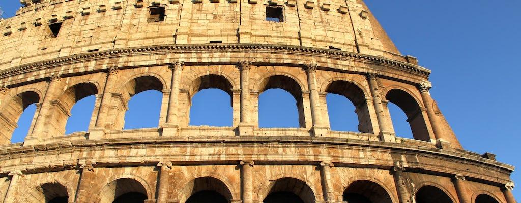 Tour semi-privato del Colosseo con accesso al piano dell'Arena, al Foro Romano e al Palatino
