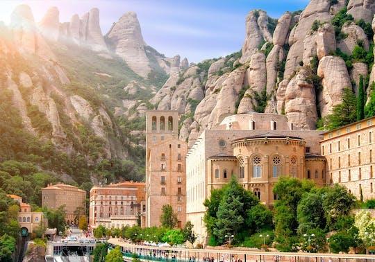 Visita guidata di Montserrat ed escursione con trasporto privato da Barcellona