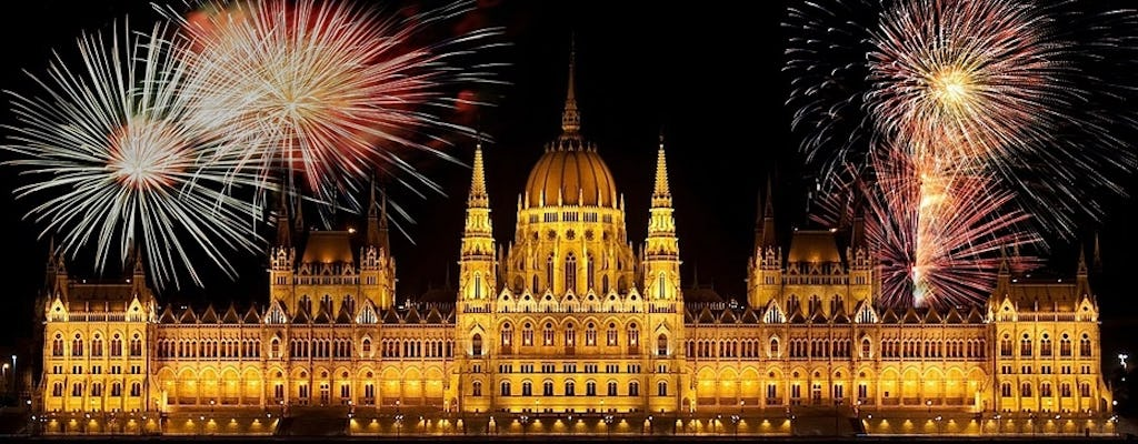 Budapest New Year cruise with dinner and free drinks