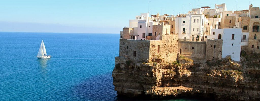 Escursione di un giorno a Ostuni, Alberobello e Polignano a Mare con partenza da Lecce