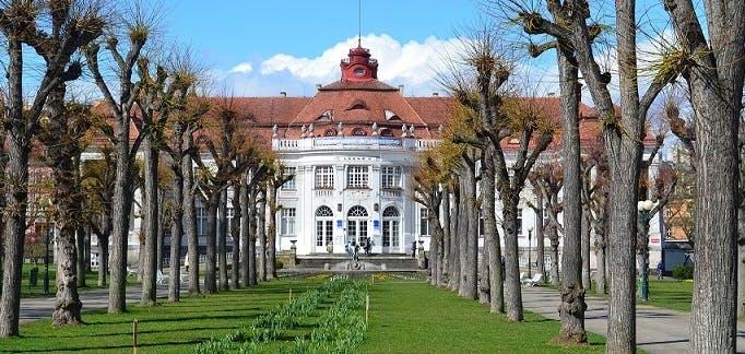 Ver la ciudad,Salir de la ciudad,Actividades,Gastronomía,Excursiones de un día,Actividades de relax,Excursión a Karlovy Vary,Karlovy Vary + Fábrica Moser