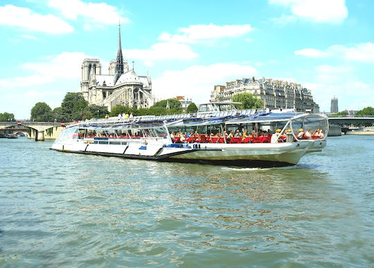 Sightseeing cruise with gourmet lunch