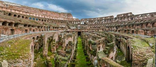 Visita guiada al Coliseo con acceso especial a la arena, al monte Palatino y al Foro Romano