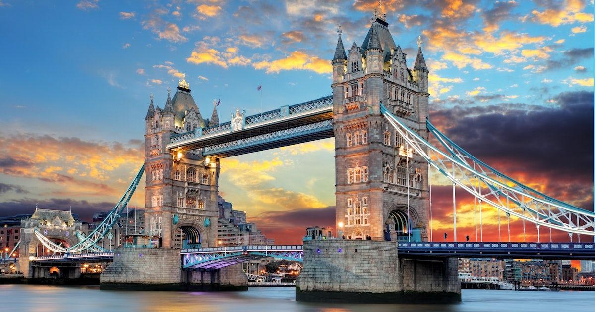 ผลการค้นหารูปภาพสำหรับ Tower Bridge