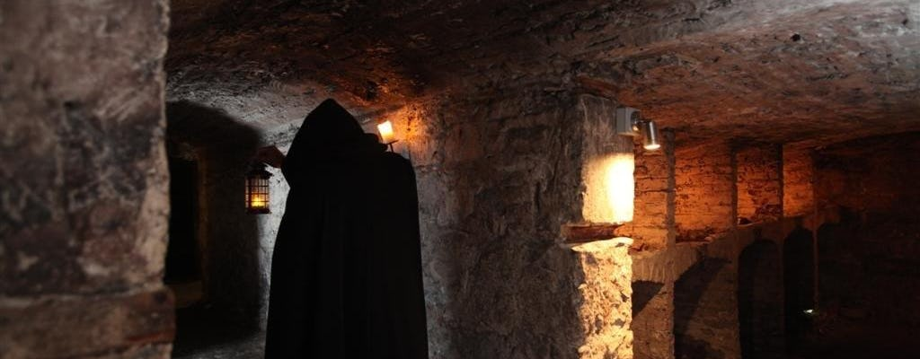 Ghostly underground walking tour of Edinburgh