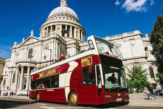Hop-on hop-off Big Bus tour of London