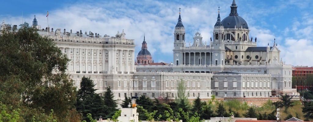 Tour privado a pie de día completo por Madrid con almuerzo