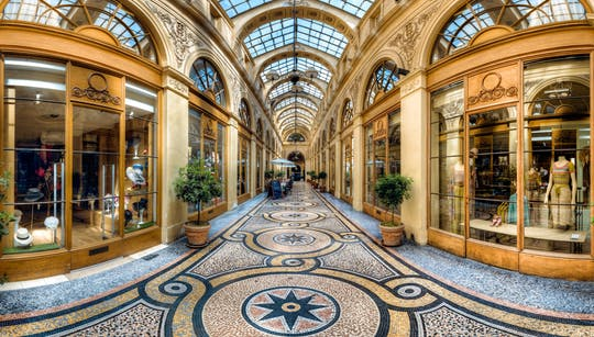 Private walking tour of covered passages