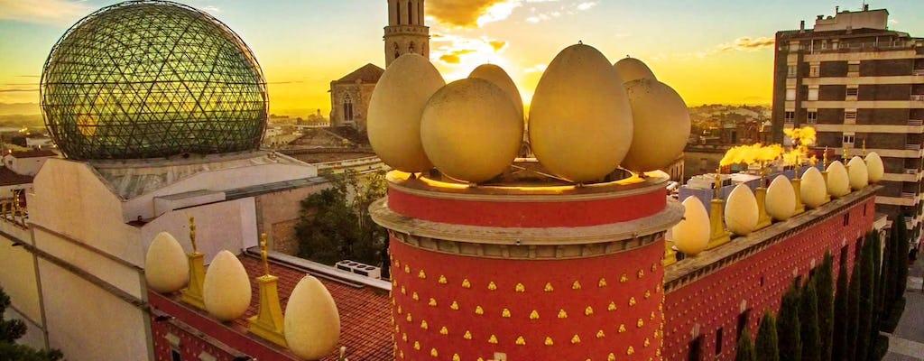 Экскурсия по Жироне и Фигерасу из Барселоны с посещением Музея Дали в сопровождении гида для небольших групп