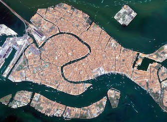 Venice helicopter tour from Milan or Como