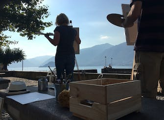 Plein-air painting experience on lake Como with wine tasting