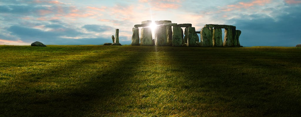 Private sunrise and sunset tours of Stonehenge with Bath and Lacock