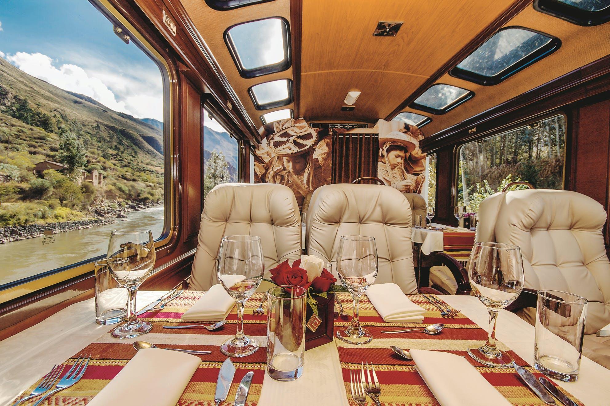 Full-day Machu Picchu tour in first class train