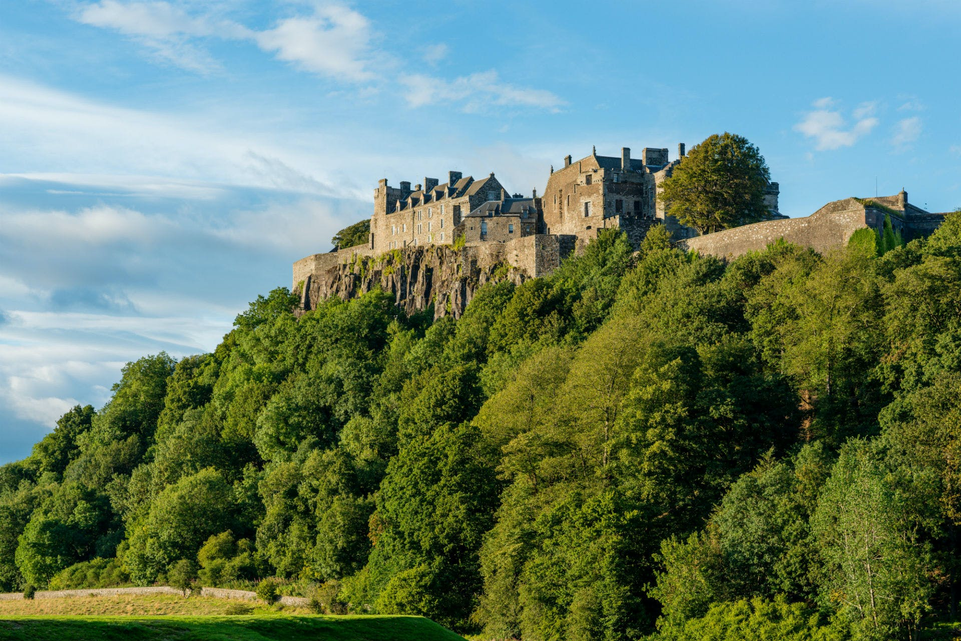 Tour of Stirling and Loch Lomond with whisky tasting