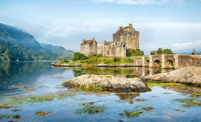 City tours,Bus tours,Excursion to Isle of Skye,Excursion to Eilean Donan Castle
