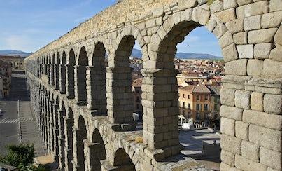 Salir de la ciudad,Excursions,Excursiones de un día,Full-day excursions,Excursión a Toledo,Excursion to Toledo,Excursion to Segovia