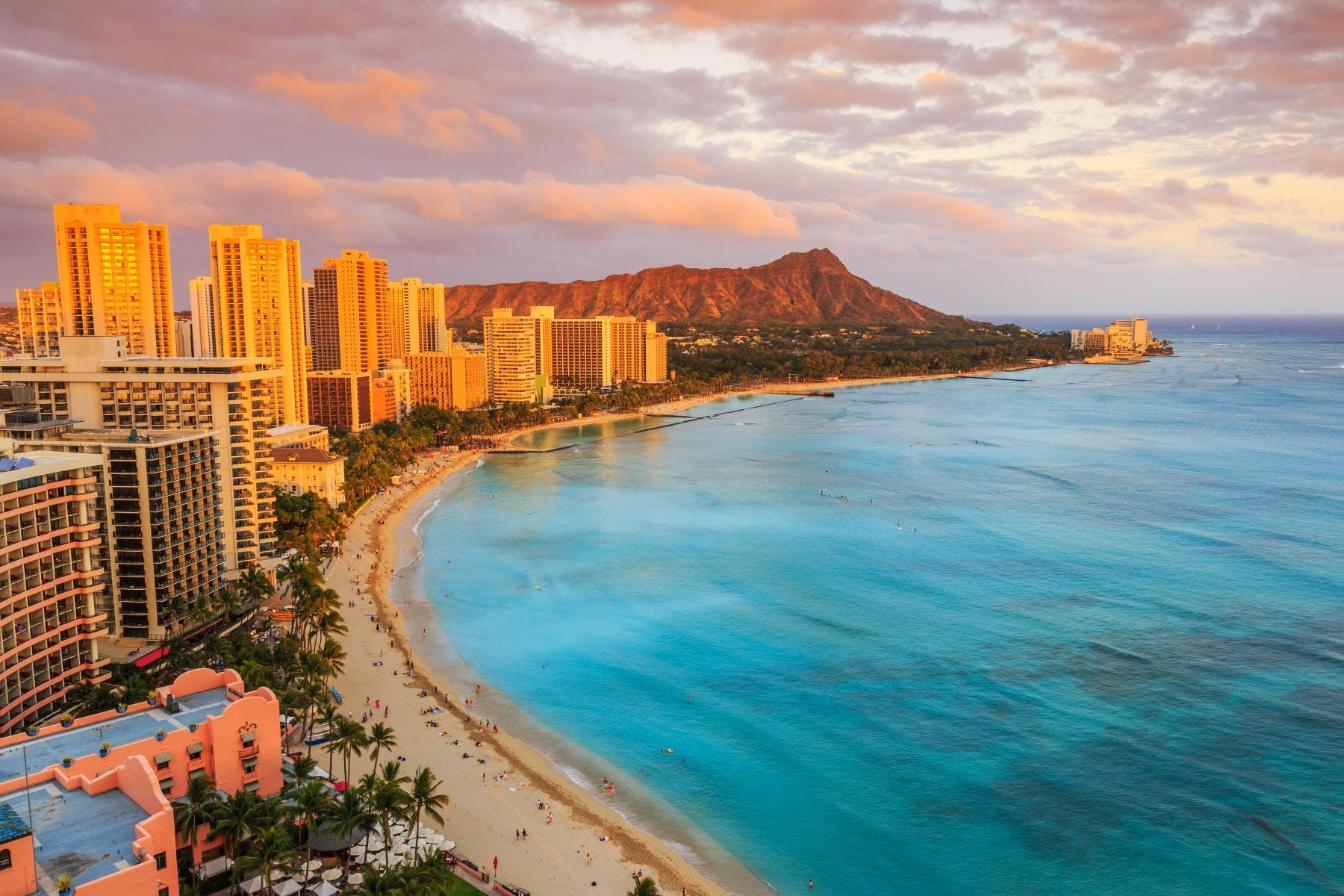 Oahu shores and Diamond Head half-day tour