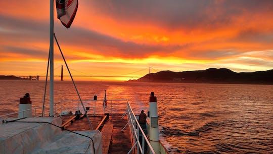 1,5-часовой круиз на закате по Калифорнии