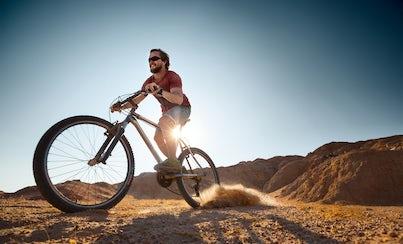 Ver la ciudad,City tours,Visitas en bici,Bike tours,Excursión a desierto,Excursion to the desert