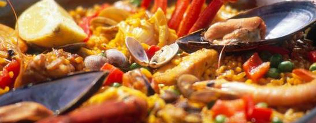 Valencian paella and sangria experience in Albufera Park