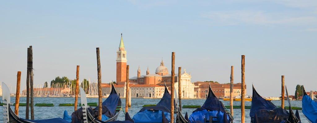 Paseo a Venecia con paseo en góndola