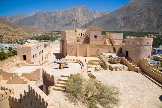 North and Nakhl fort tour from Muscat