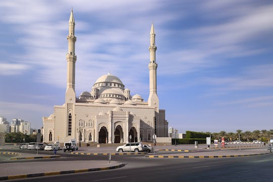 Sharjah Pearl of the Gulf city tour de Dubai