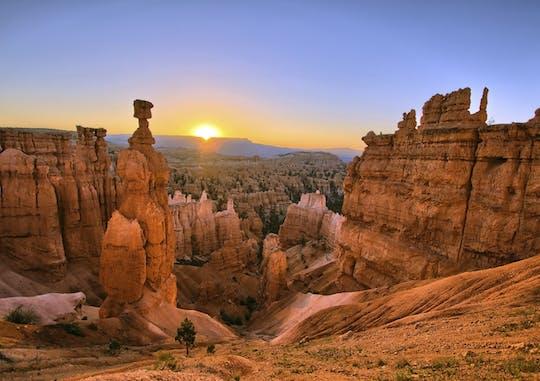Excursão de 2 dias ao Parque Nacional Zion e Bryce com camping