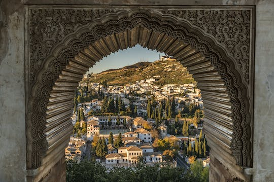 Alhambra, Generalife and Nasrid Palaces skip-the-line tickets and guided tour