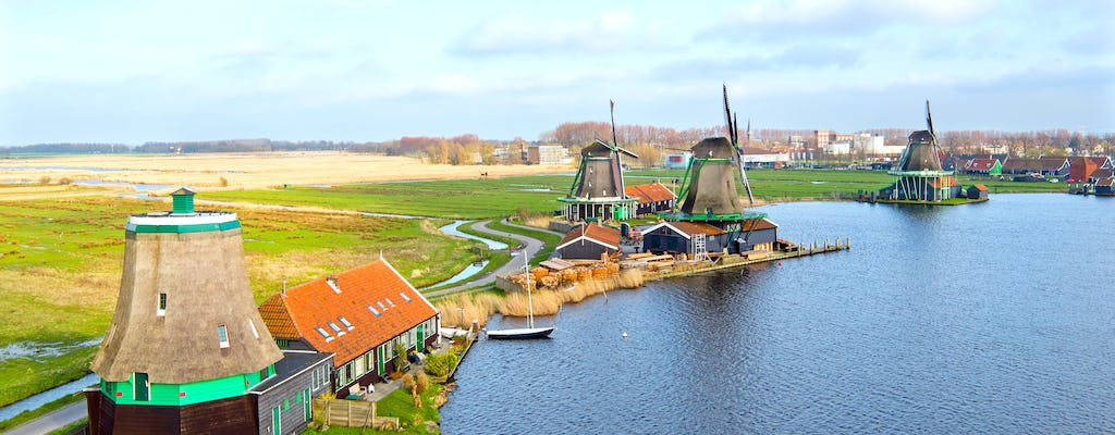 Hop-on hop-off windmills and Dutch villages bus tour with THIS IS HOLLAND