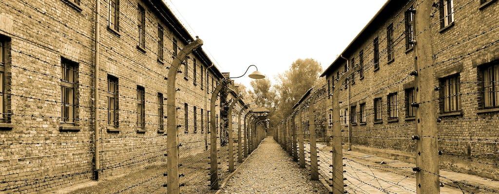 Tour em grupo pequeno para o Museu Auschwitz e para a Cracóvia com transfer saindo de Varsóvia