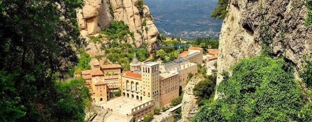 Premium Montserrat and Gaudí bus tour from Barcelona