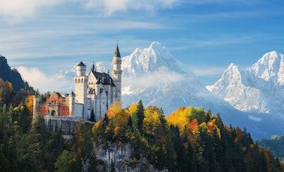 Ver la ciudad,Salir de la ciudad,Tours temáticos,Tours históricos y culturales,Excursiones de un día,Visita al Castillo de Neuschwanstein,Con visita a Oberammergau,Tour por los Castillos