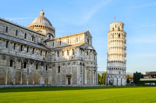 Visita guidata di Pisa con degustazione di vini e accesso opzionale alla Torre