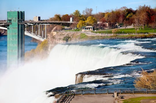 Niagara Falls day trip from New York with boat tour