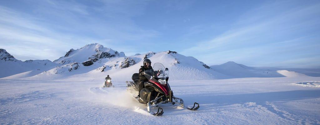 Golden Circle en Langjökull sneeuwmobieltocht