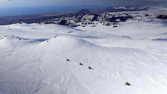 Glaciar aventura en moto de nieve