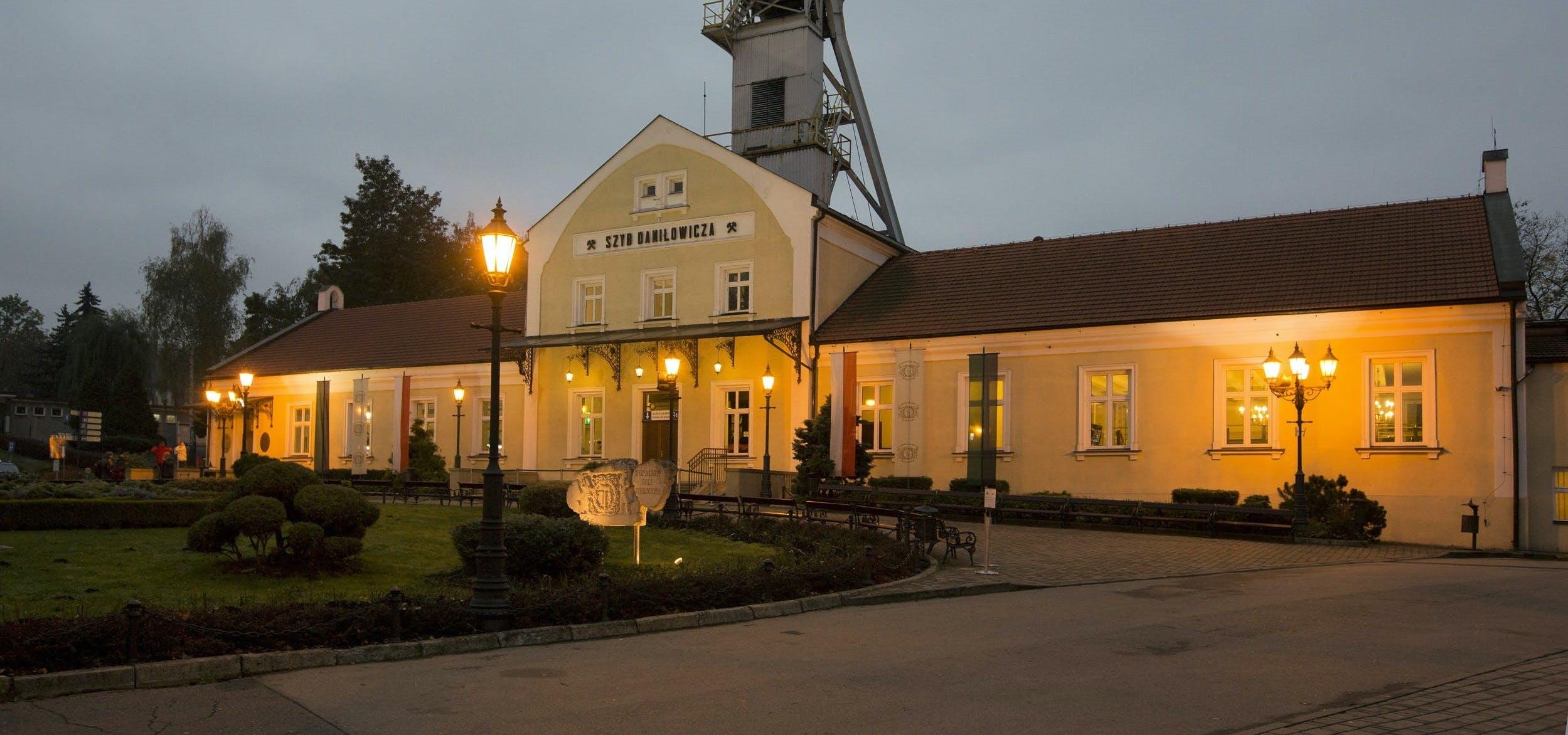 Salir de la ciudad,Tickets, museos, atracciones,Excursiones de un día,Entradas a atracciones principales,Mina de sal Wieliczka,Visita a las minas con transporte incluido