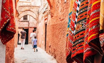 Ver la ciudad,City tours,Ver la ciudad,City tours,Tours andando,Walking tours,Tours temáticos,Theme tours,Tours históricos y culturales,Historical & Cultural tours,Visit to Medina,Visita a la Medina