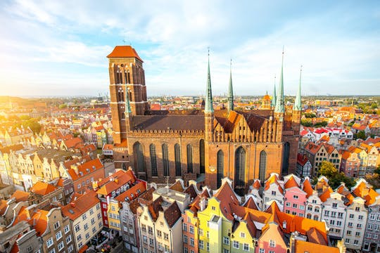 Private 4-hour family–friendly historical walking tour of Gdańsk