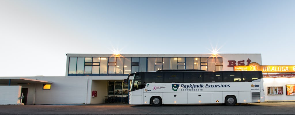 Transfer z lotniska w Keflavíku do hotelu