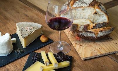Gastronomía,Comidas y cenas especiales,Tours enológicos,Museo del vino, catas y degustaciones