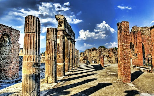 Private full-day tour of Pompeii, Sorrento and Positano
